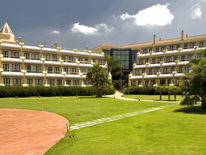 HOTEL MONTECASTILLO
